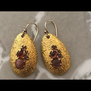 GOLD PLATED SILVER EARRINGS WITH AMETHYSTS